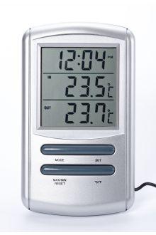 TM898T комнатно-уличный термометр с часами